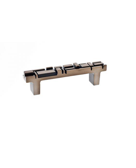 Offset Pull 3 3/4 Inch (c-c) Antique Brass